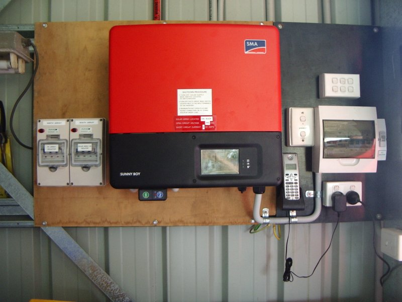 grid_feed_inverter_indoor_mount